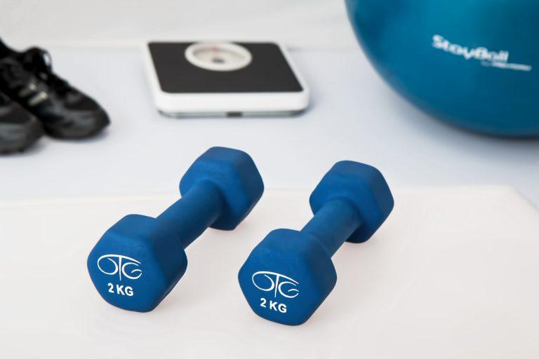 hand-finger-gadget-blue-ear-healthy-763710-pxhere.com